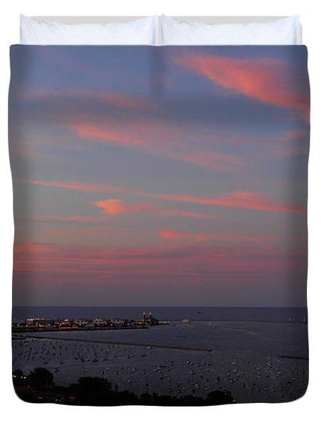 Chicago Lakefront At Sunset Duvet Cover