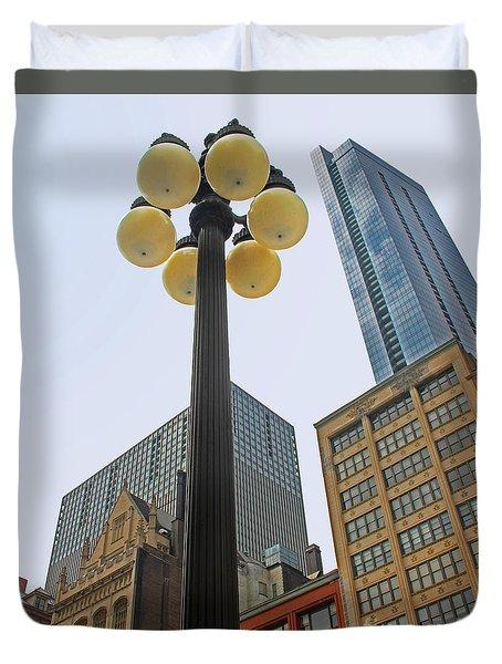 Chicago Lampost Duvet Cover by Cheryl Del Toro