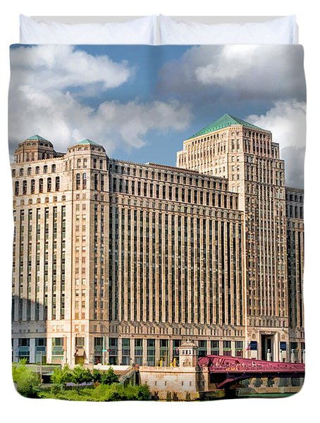 Duvet Cover featuring the painting Chicago Merchandise Mart by Christopher Arndt