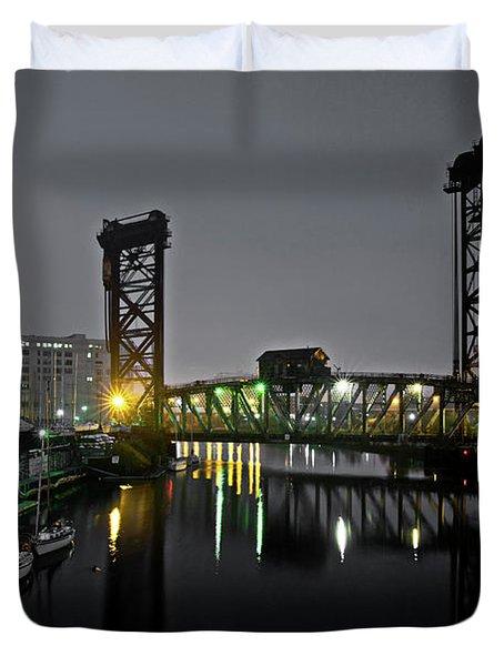 Chicago River Scene At Night Duvet Cover