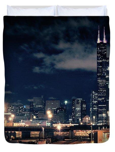 Chicago Skyline Cityscape At Night Duvet Cover