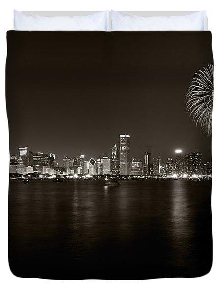 Chicago Skyline Fireworks Bw Duvet Cover by Steve Gadomski
