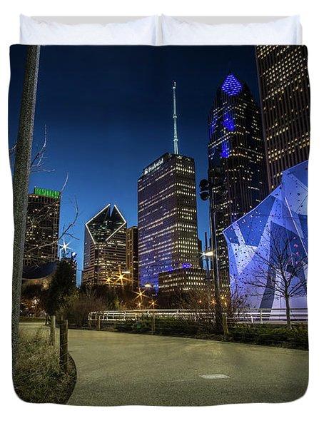 Chicago Skyline Form Maggie Daley Park At  Dusk Duvet Cover
