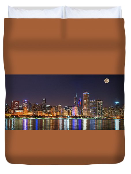 Chicago Skyline With Cubs World Series Lights Night, Moonrise, Chicago, Cook County, Illinois, Usa Duvet Cover