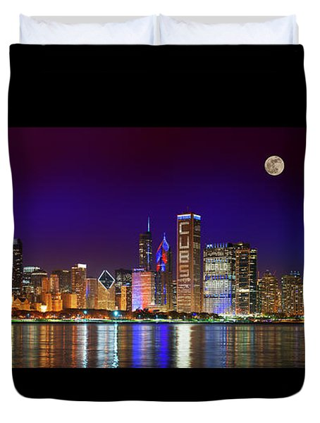 Chicago Skyline With Cubs World Series Lights Night, Moonrise, Lake Michigan, Chicago, Illinois Duvet Cover