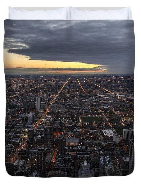 Duvet Cover featuring the photograph Chicago Westward by Steven Sparks