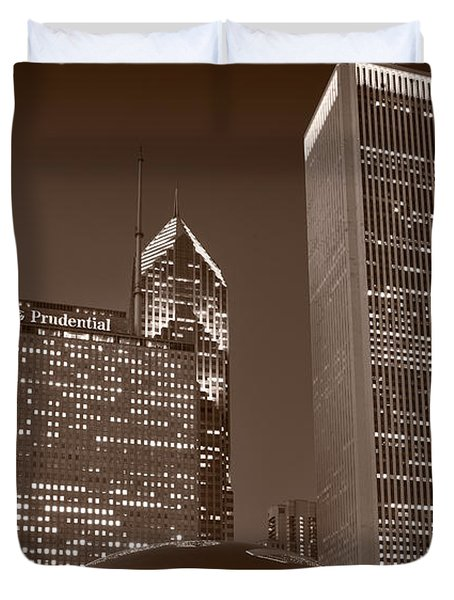 Chicagos Millennium Park Bw Duvet Cover by Steve Gadomski