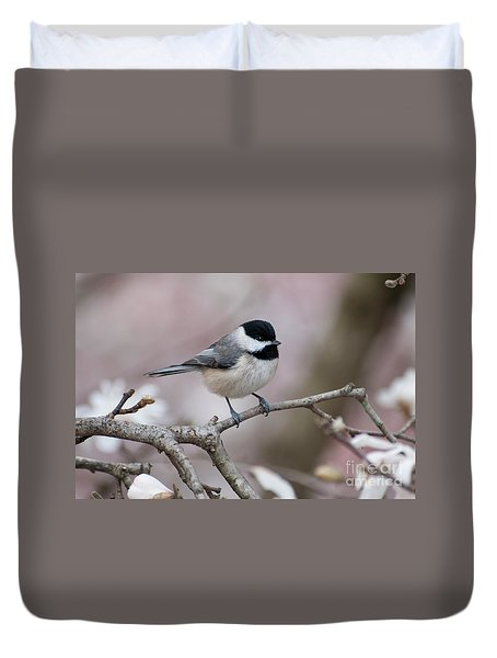 Duvet Cover featuring the photograph Chickadee - D010026 by Daniel Dempster