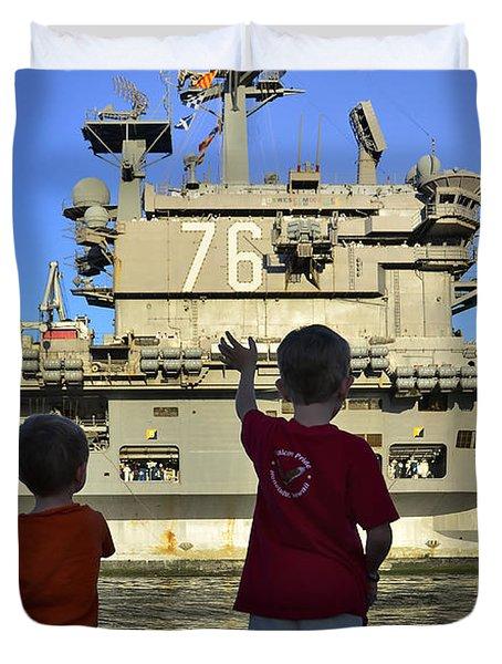 Children Wave As Uss Ronald Reagan Duvet Cover by Stocktrek Images
