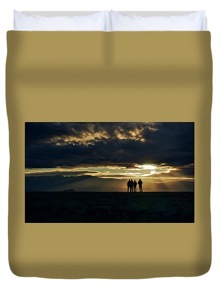 Duvet Cover featuring the photograph Chilling In The Desert by Peter Thoeny