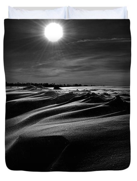 Chills Of Comfort Duvet Cover by Jerry Cordeiro