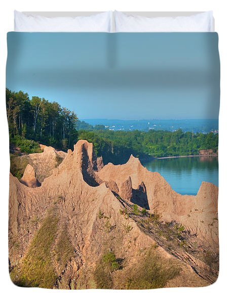 Chimney Bluffs 1750 Duvet Cover