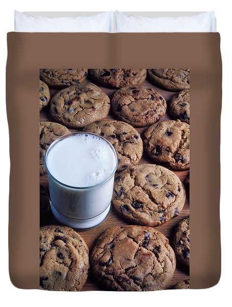 Chocolate Chip Cookies And Glass Of Milk Duvet Cover by Garry Gay