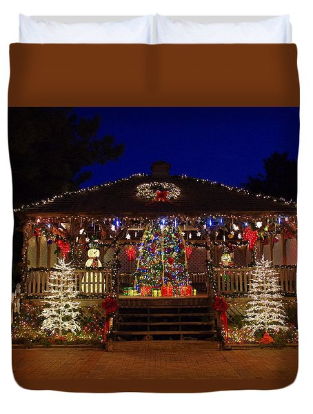 Christmas At The Lighthouse Gazebo Duvet Cover by Greg Graham