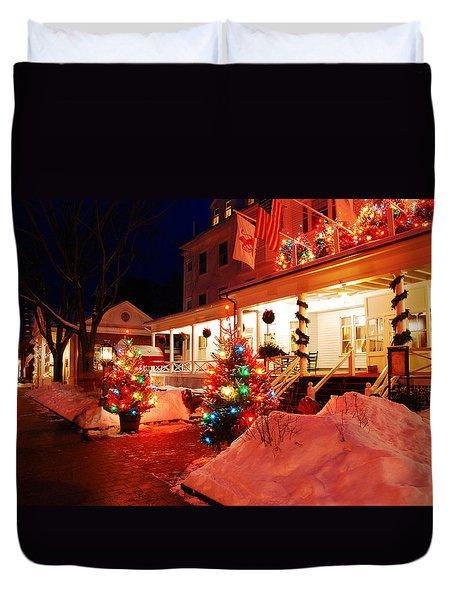 Christmas At The Red Lion Inn Duvet Cover