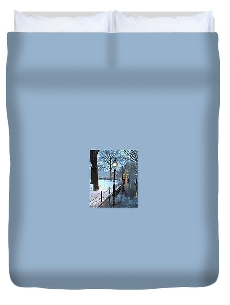 Christmas In Central Park Duvet Cover