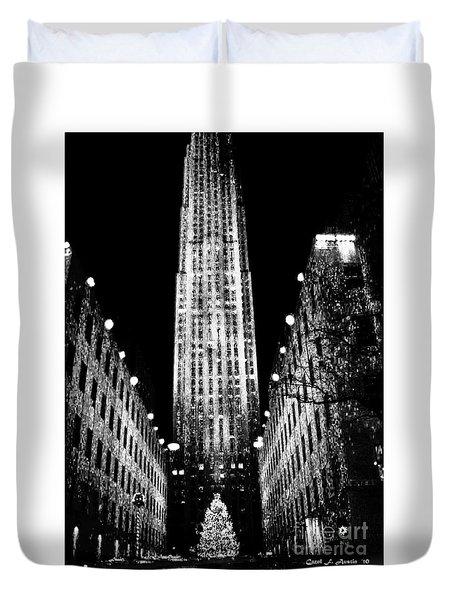 Christmas In New York City Duvet Cover by Carol F Austin