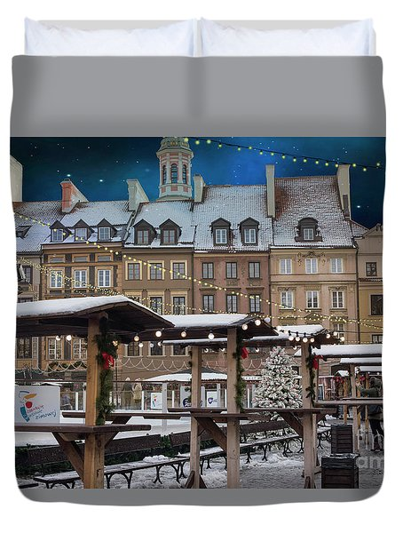 Duvet Cover featuring the photograph Christmas In Warsaw by Juli Scalzi