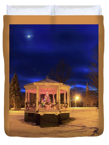 Christmas Moon Over Town Common Duvet Cover