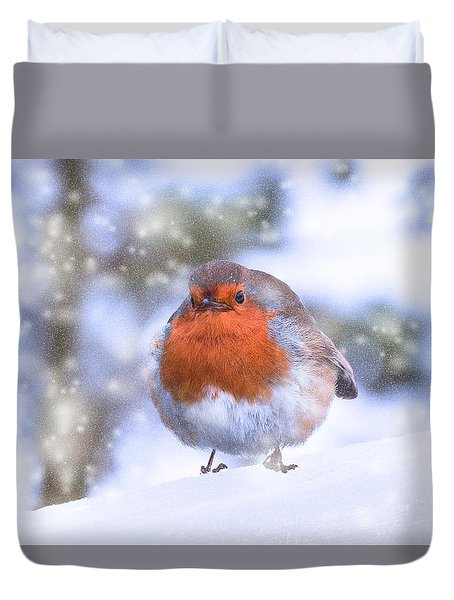 Duvet Cover featuring the photograph Christmas Robin by Scott Carruthers