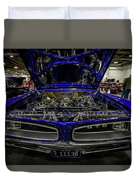 Duvet Cover featuring the photograph Chromed Goat by Randy Scherkenbach
