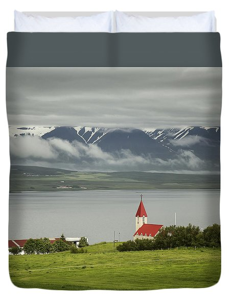 Church In Akureyri Duvet Cover