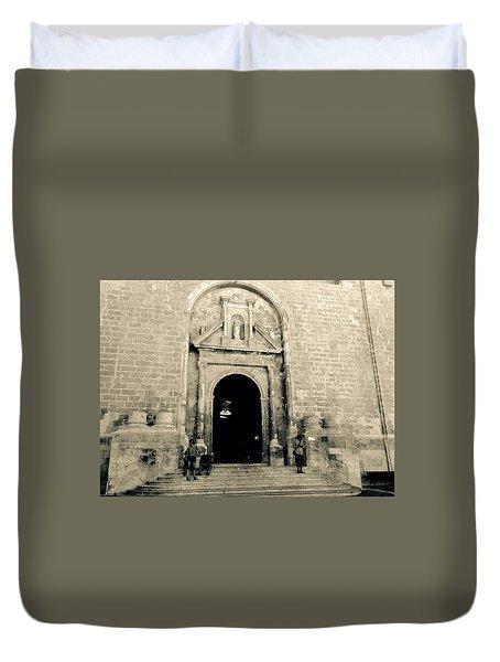 Churchdoor In Mahon Duvet Cover