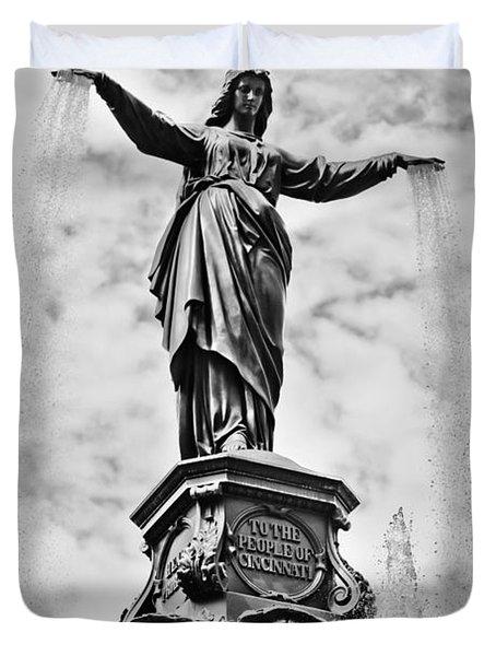 Cincinnati Fountain Tyler Davidson Genius Of Water Statue Duvet Cover by Paul Velgos