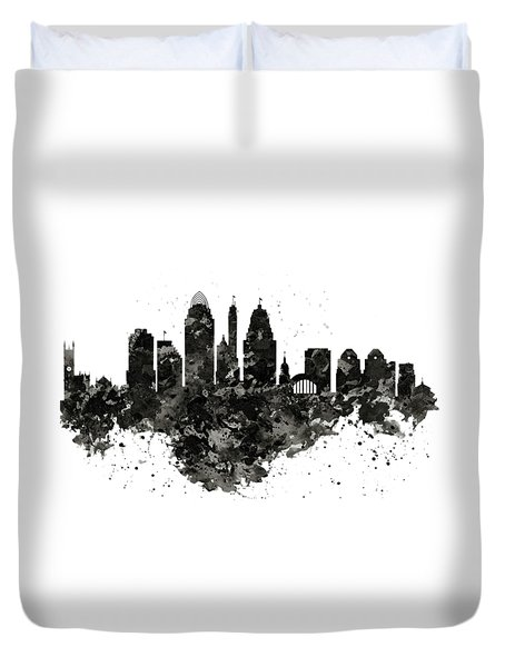 Duvet Cover featuring the mixed media Cincinnati Skyline Black And White by Marian Voicu