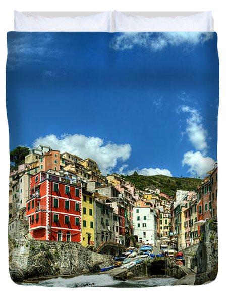 Cinque Terre - View Of Riomaggiore Duvet Cover