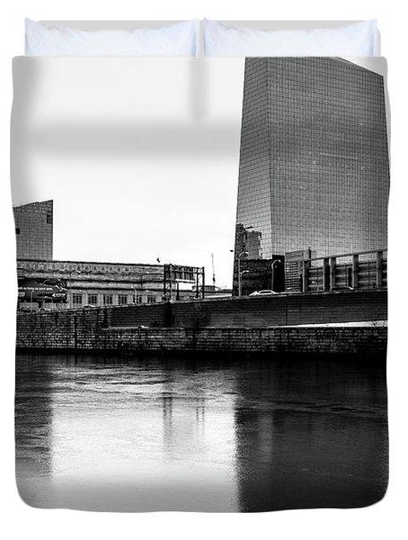 Cira Centre - Philadelphia Urban Photography Duvet Cover