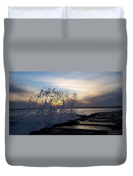Circling Sunset Duvet Cover