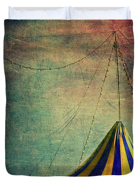 Circus With Distant Ships II Duvet Cover