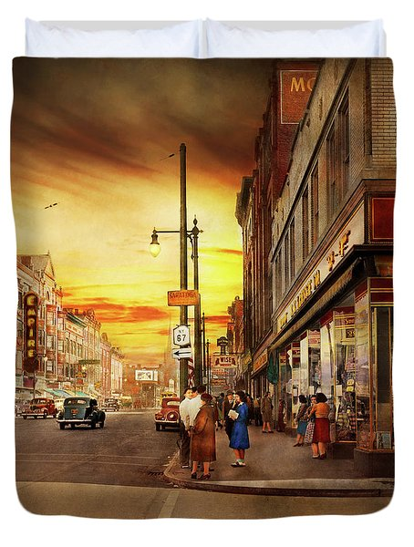 Duvet Cover featuring the photograph City - Amsterdam Ny - The Lost City 1941 by Mike Savad