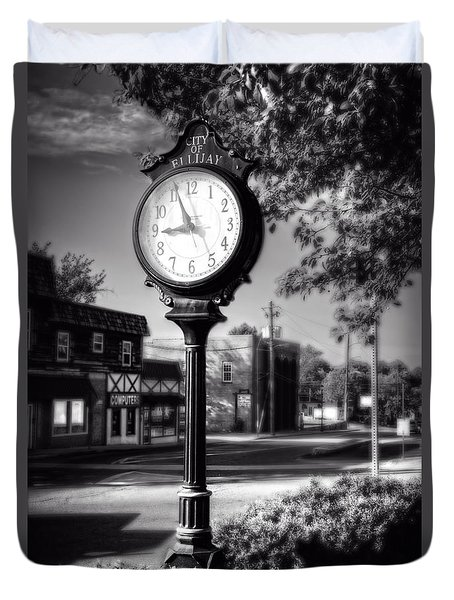 City Of Ellijay Clock In Black And White Duvet Cover
