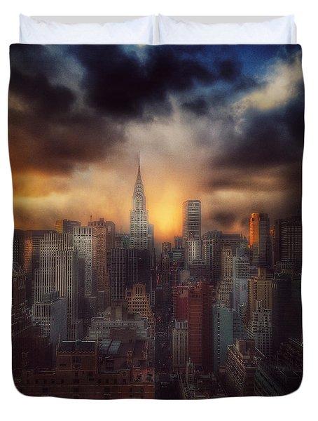 City Splendor - Sunset In New York Duvet Cover by Miriam Danar