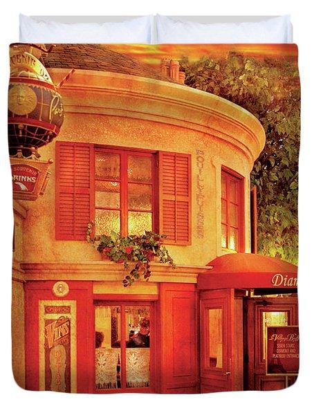 City - Vegas - Paris - Vins Detable Duvet Cover by Mike Savad