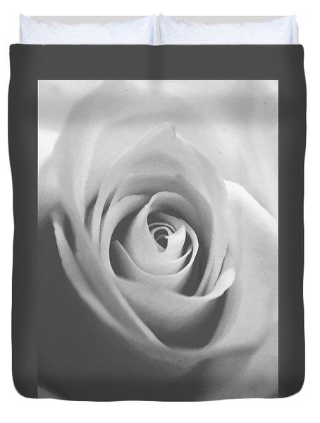 Classic Bw Rose Duvet Cover