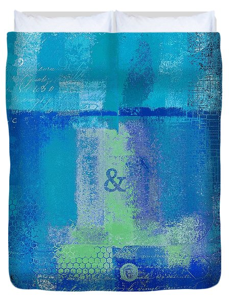 Duvet Cover featuring the digital art Classico - S03c06 by Variance Collections