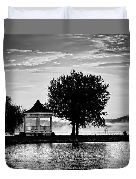 Claytor Lake Gazebo - Black And White Duvet Cover