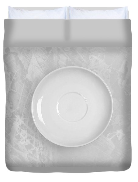 Duvet Cover featuring the photograph Clean Plate by Andrey  Godyaykin