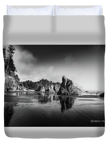 Clear Day At Ruby Beach Duvet Cover