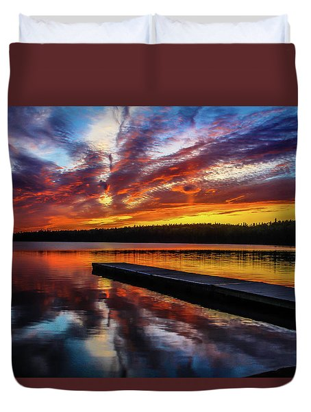Clear Lake At Sunset. Riding Mountain National Park, Manitoba, Canada. Duvet Cover