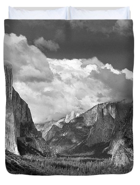 Clearing Skies Yosemite Valley Duvet Cover