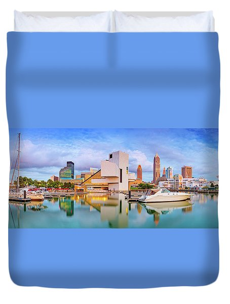 Duvet Cover featuring the photograph Cleveland  Pano 1  by Emmanuel Panagiotakis