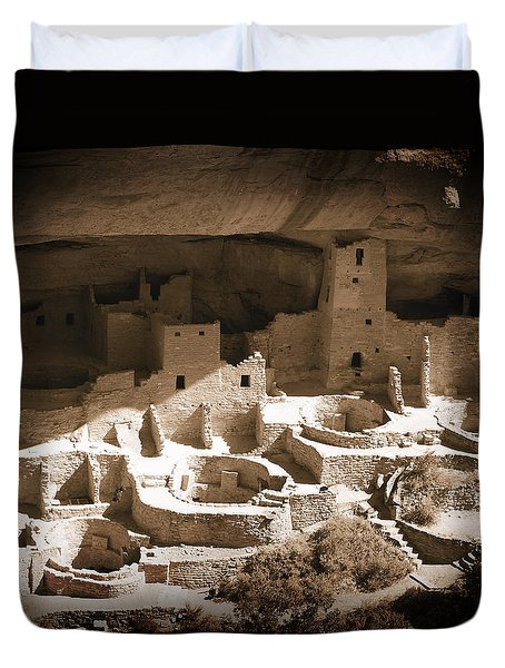 Duvet Cover featuring the photograph Cliff Palace Mesa Verde by Kurt Van Wagner