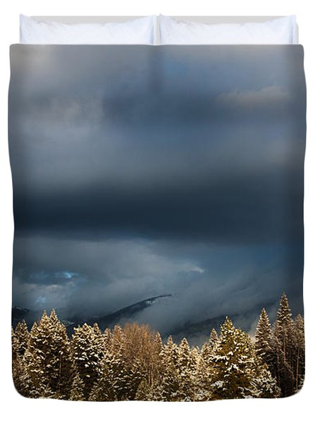 Clinging Clouds Of Winter Duvet Cover