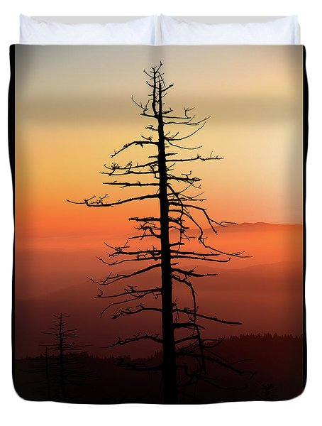 Duvet Cover featuring the photograph Clingman's Dome Sunrise by Douglas Stucky