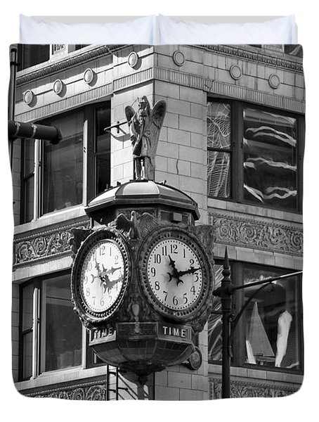 Clock On Jewelers Building - Chicago Duvet Cover