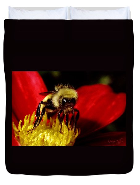 Close Up Bee Duvet Cover